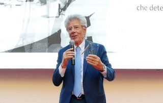 Adolfo Guzzini riceve il Premio alla Carriera