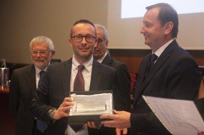 Tommaso Catalani riceve il premio per il socio storico AEC, ph. Giulio Crosara