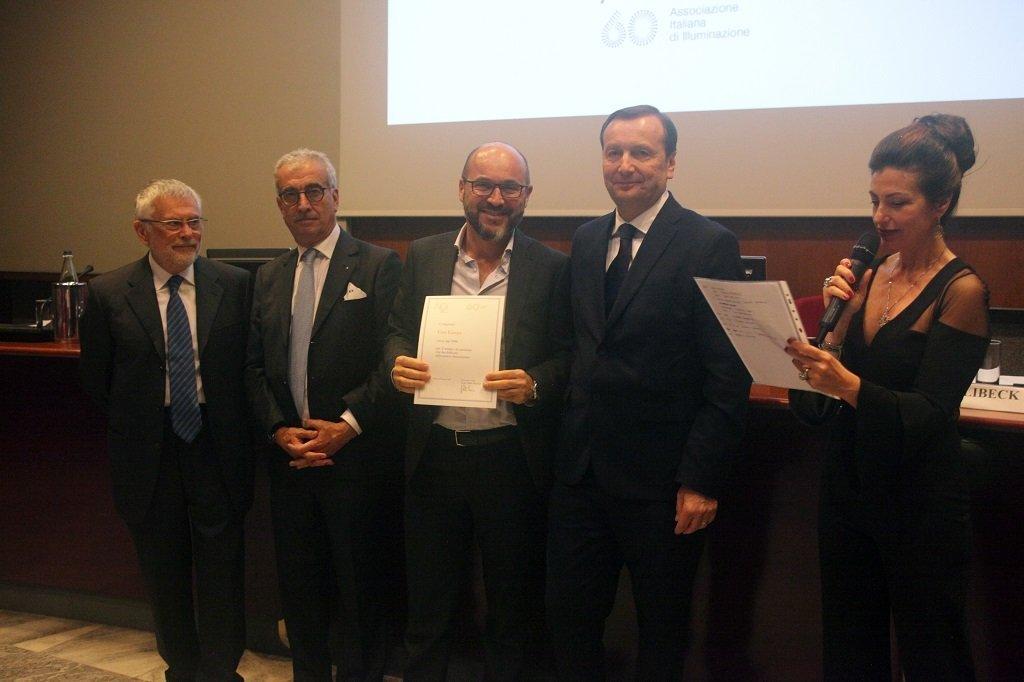 Alessandro Targetti ritira il premio per il socio storico CREE Europe, ph. Giulio Crosara